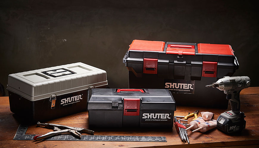 Sturdy SHUTER tool box crafted from ABS and PP for home or professional use.